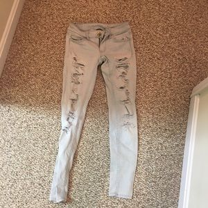 american eagle light wash ripped skinny jeans